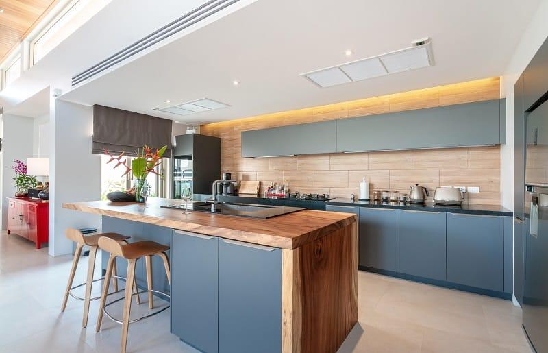 cozinha com ilha grande